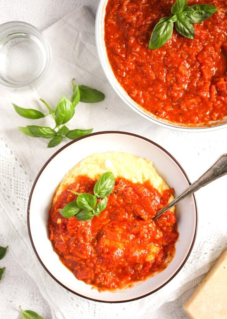 domino's style hearty marinara sauce.